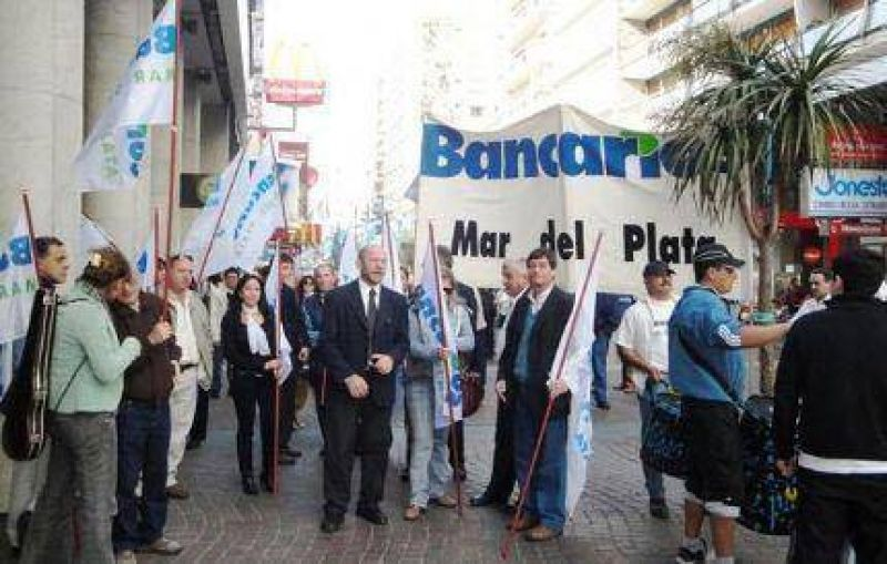 Paro bancario: �No nos han dejado otro camino�