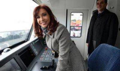Cristina y Randazzo inauguran la extensión de la línea San Martín en Pilar