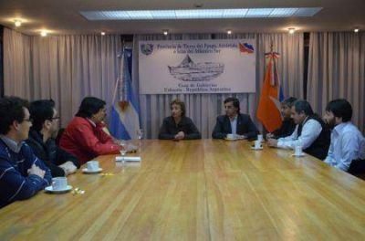 Ríos encabezó encuentro con la dirigencia de ATSA