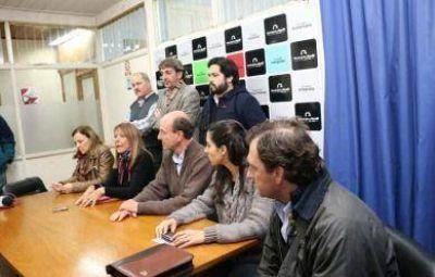 """La UCR acusó a la oposición de """"una falta de responsabilidad gravísima"""" por no dar quórum"""
