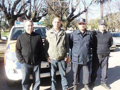 El Ejecutivo municipal entregó una nueva camioneta a la Patrulla Rural