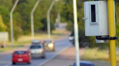 Seis municipios aún aplican fotomultas ilegales