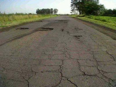 El ministro Arlía confirmó la repavimentación de Ruta 50