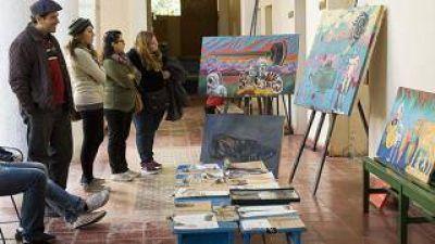 Hubo gran aceptación y buenas ventas en la primera Feria de Arte Catamarca