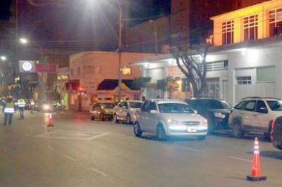 Alcoholemia: 10 vehículos secuestrados durante controles policiales céntricos