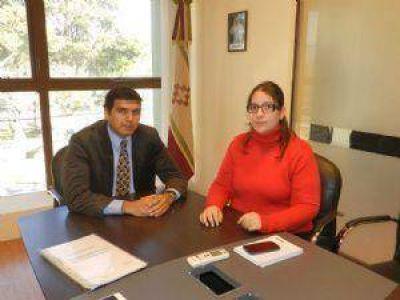 Jalil adelanta el pago del aguinaldo para los municipales capitalinos