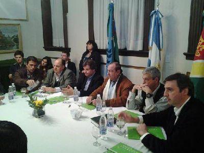 En Tres Arroyos, Luciani se reunió con intendentes vecinalistas