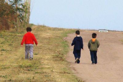 Hay 250 familias que buscan adoptar en la provincia