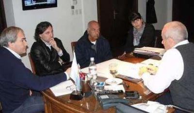 Echeverría recibió a concejales de UDESO y el Frente Cívico