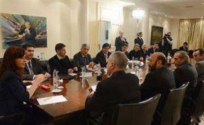 Ley petrolera: De Vido y Zannini prometen cambios