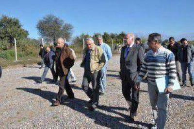 Parque industrial de Perico en marcha: el vicegobernador recorrió las obras