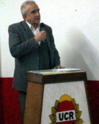 El presidente de la UCR reafirmó las críticas del partido al Gobernador