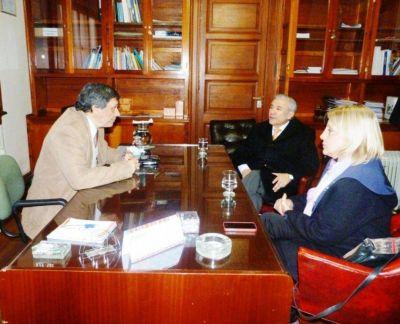 Rector de la UNJu se reunió con senadores del PJ
