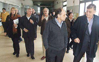 Binner desembarcó en el conurbano bonaerense con Stolbizer y Ceballos