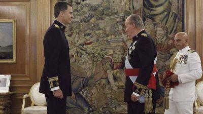 Emotiva proclamación del rey Felipe VI en España