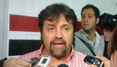 Ricardo Caruso Lombardi es el nuevo entrenador de Tristán Suárez