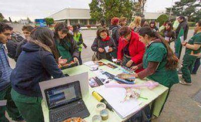 Estudiantes de la UNLaM promovieron actividades de prevención