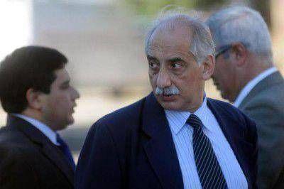 Según Cano el fiscal Albaca percibirá una jubilación de $ 52.776