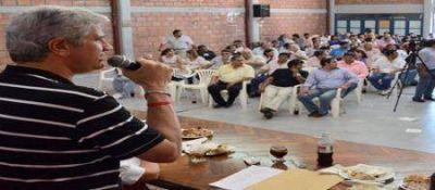Intendentes apuran a Zottos por el frente electoral