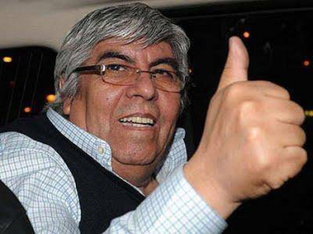 Con políticos y amigos, Moyano apuesta a Independiente para recuperar poder