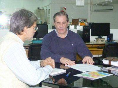 Manuel Sussini adhiere también con entusiasmo a la tendencia itinerante