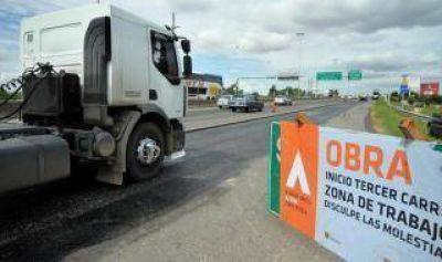 Autopista Buenos Aires-La Plata: Proyectan terminar la ampliación en julio