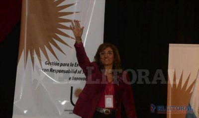 Delfina Veiravé es la nueva rectora de la Universidad Nacional del Nordeste