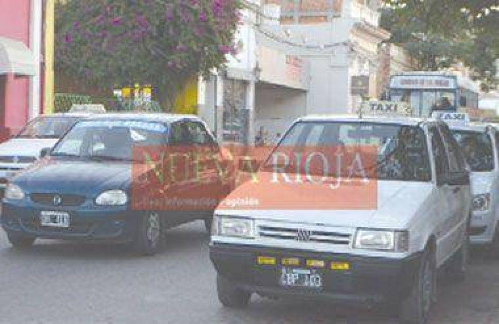 Acordaron incremento para taxis y remises