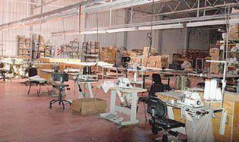 Operarios de la ex Akito Textil decidieron tomar la fábrica