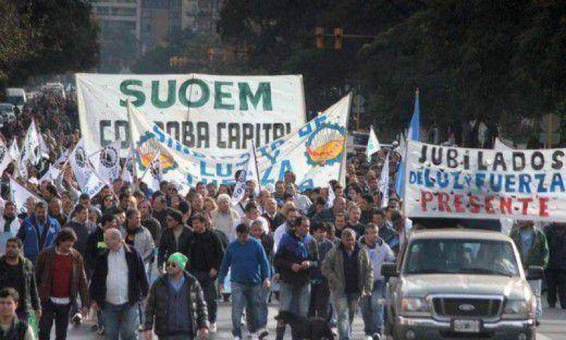 Gremios protestan contra Impuesto a las Ganancias