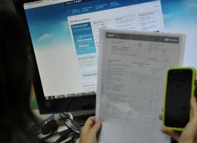 Dicen que las firmas de telefonía celular no cumplen con la nueva facturación