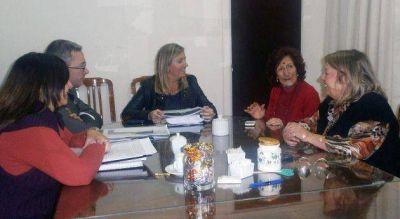 La rectora de la ULP presentó el proyecto de ley en Diputados