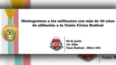 La UCR distingue a militantes con 50 años de afiliación