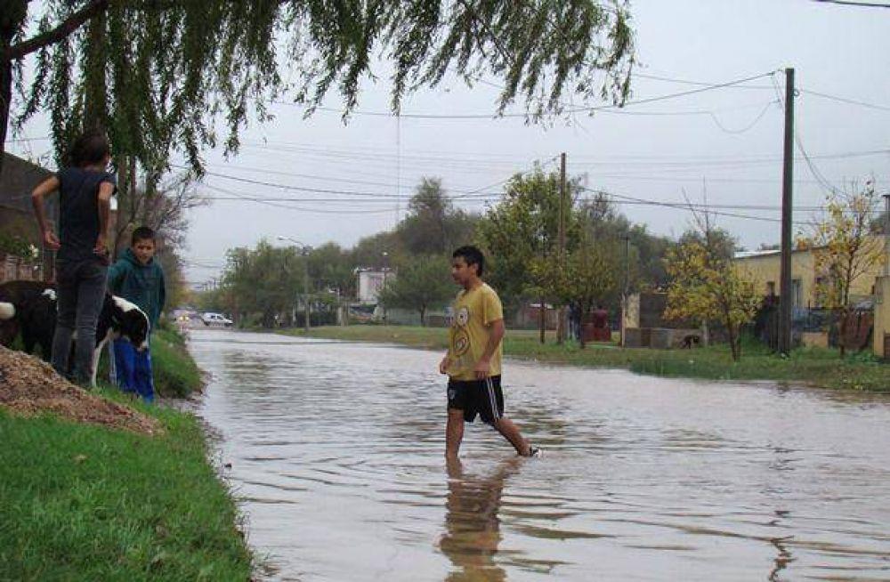 Llegó ayuda de Nación para 70 inundados
