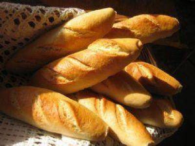 Panaderos de San Juan descartan suba en el precio del pan por las bajas ventas