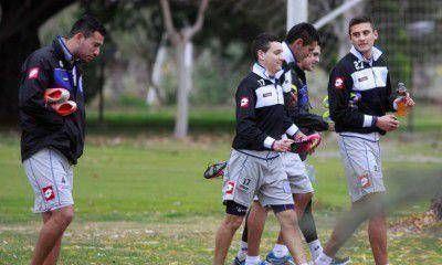 El Tomba contin�a los entrenamientos con mayor�a de jugadores de la casa