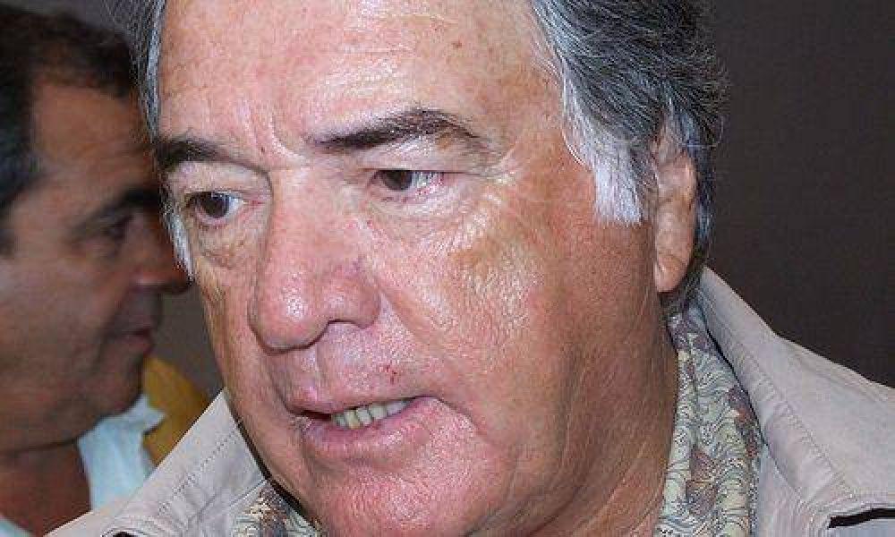 """Barrionuevo dijo que la Presidenta """"le tiene que pedir la renuncia"""" a Boudou"""