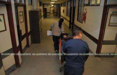 Sigue el paro en los servicios de mantenimiento y recursos humanos del Hospital Perrando