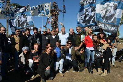 Urribarri participó de la inauguración del monumento a Andresito Artigas