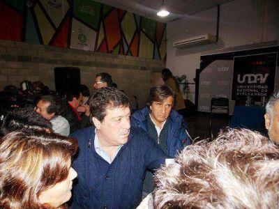 ISMAEL ALE JUNTO A GABRIEL MARIOTTO EN FOROS DE DEBATES EDUCATIVOS
