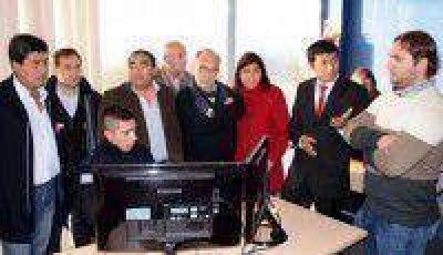 Legisladores provinciales visitaron las instalaciones del 911