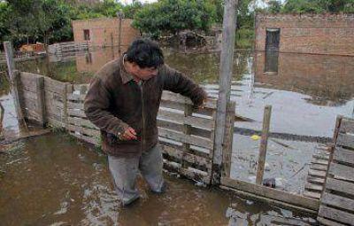 Inundación: el Paraná sigue creciendo por el Paraguay y las lluvias
