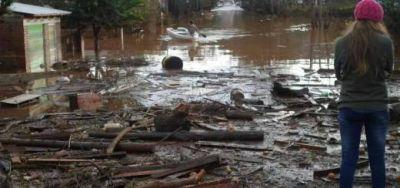 El río Uruguay comenzó a bajar y deja ver la magnitud del desastre