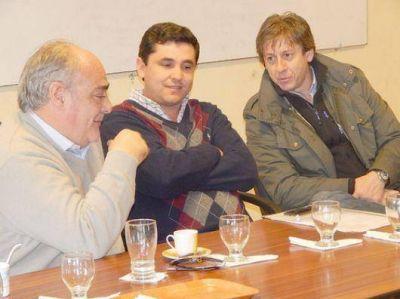 Crecida: Colombi visitó las zonas más afectadas
