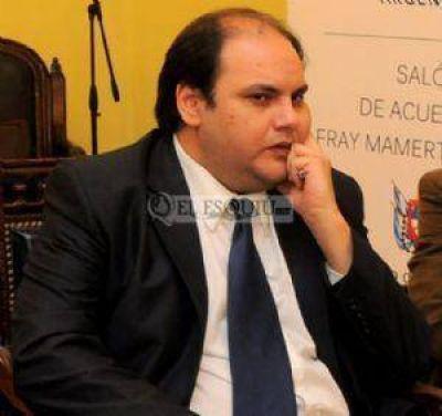 El ministro de Gobierno pidió madurez política a la oposición
