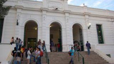 """Conadu Histórica: """"La oferta salarial sigue siendo insuficiente"""""""