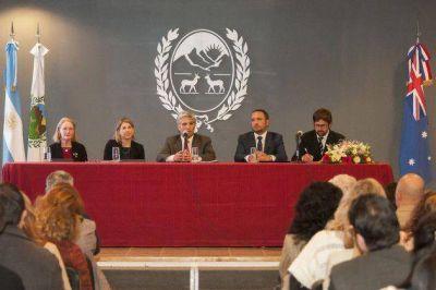 """Presentaron las bases del Plan Maestro de la Universidad de Oficios """"Eva Perón"""""""