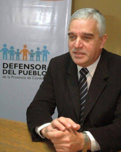 Para evitar polémica, UPC busca que Decara sea votado por los dos tercios de la Unicameral