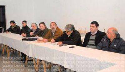 Carlos Pesce recibió apoyo de sindicatos