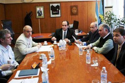 Osvaldo Luján asumió formalmente la presidencia del Banco del Chubut